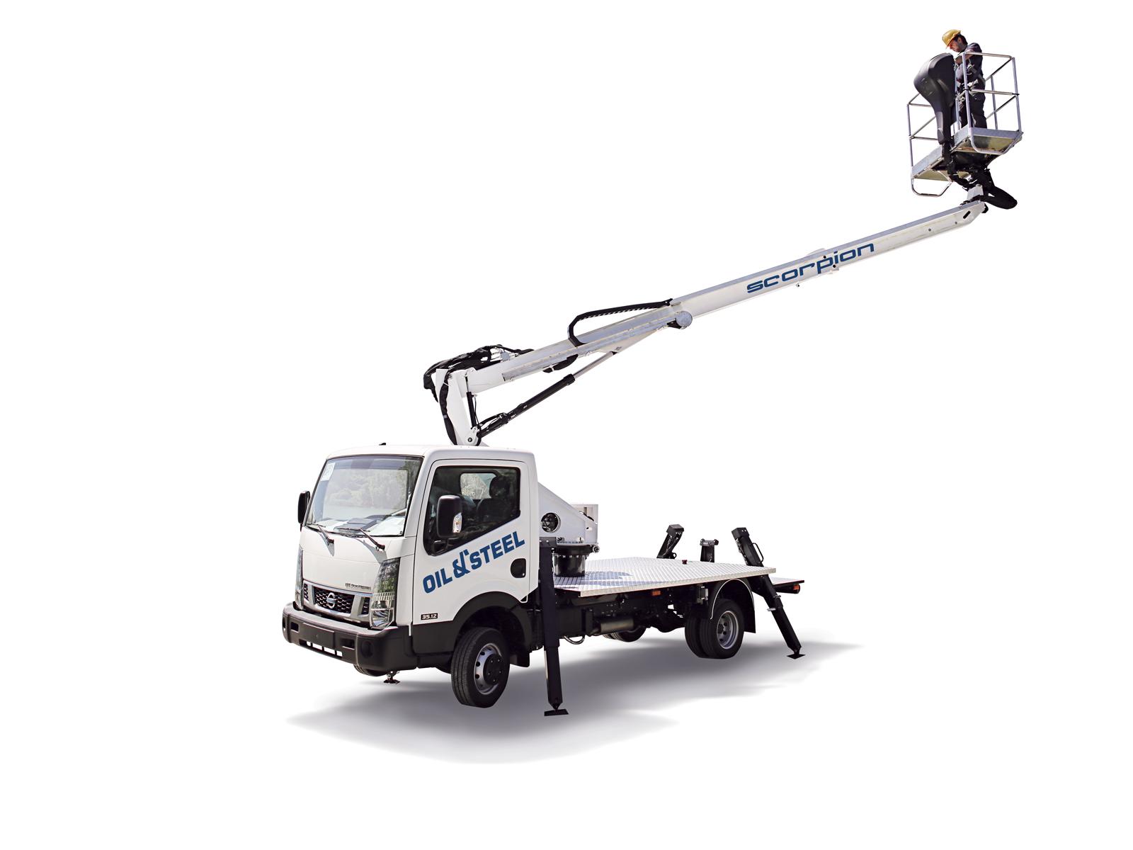 Nacelle sur camion oil & steel