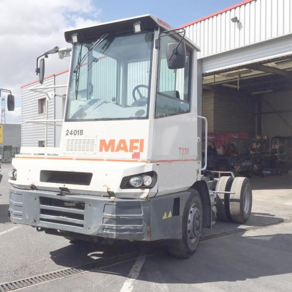 tracteur portuaire